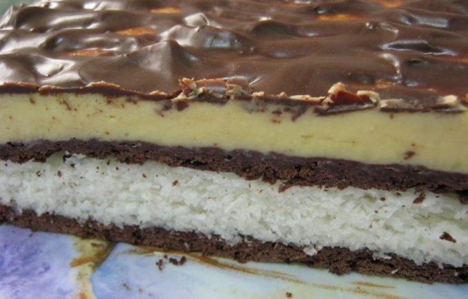 Vynikajúci kokosovo-čokoládový koláč bez pečenia, ktorý chutí ako kokoska