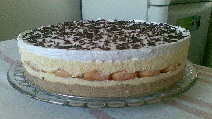 Famózna piškótová torta s gaštanovým pyré pripravená bez pečenia! Táto torta je priamo luxusná!