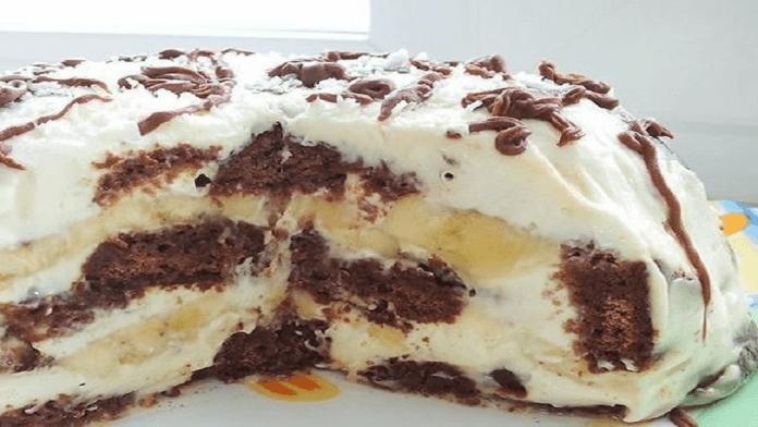 Netradičná perníková torta pripravená iba zo 4 prísad a bez pečenia