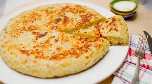 Neustále premýšľate, ako by ste mohli ozvláštniť recept na vaječnú omeletu? Potom určite čítajte ďalej!