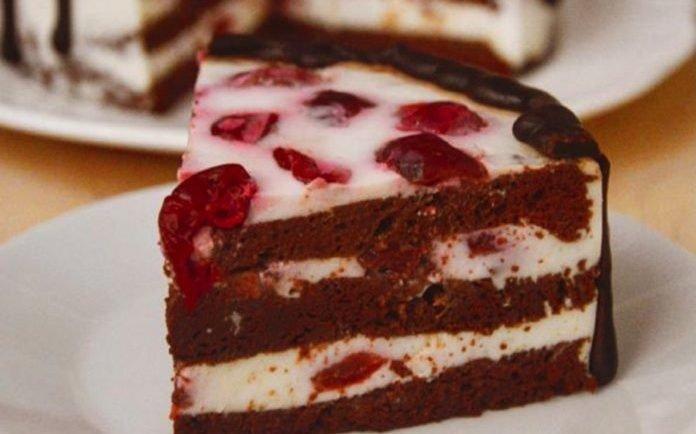 Pripravte si tento koláč, ktorý spestrí váš deň nie len svojou chuťou, ale aj vzhľadom! Ku kávičke je božský.