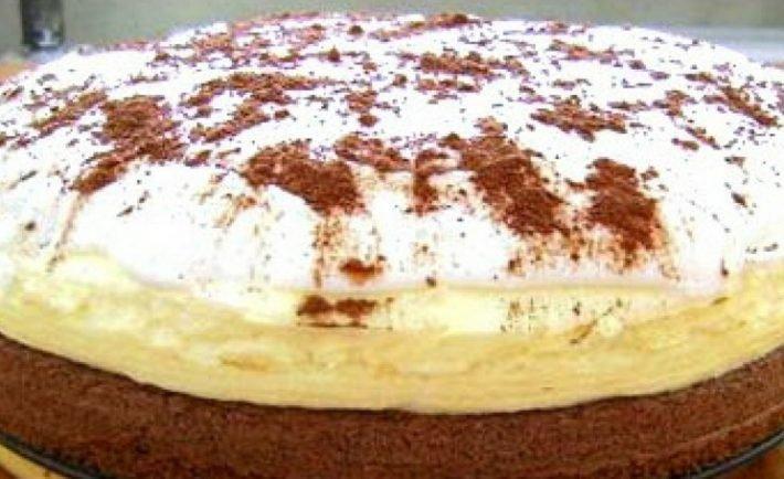 Rýchla kakaová torta s poriadnou vrstvou pudingového krému