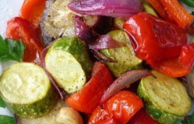 Fitness restovaná zelenina v citrónovej marináde: Ak držíte diétu a snažíte sa jesť zdravo, tento recept vám dokonale nahradí mäsité pokrmy!
