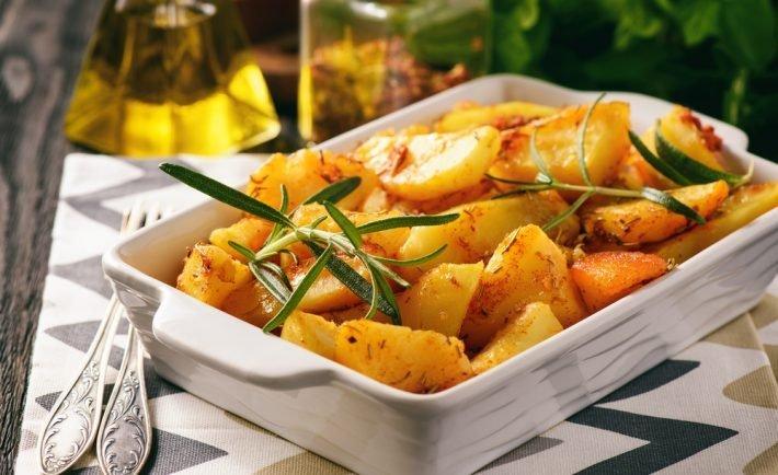 Korenené zemiaky sú skvelou večerou na zimné večery