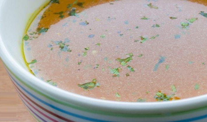 Zázrak na tanieri: Polievka, ktorá bojuje proti nachladnutiu, chrípke a infekcii dutín