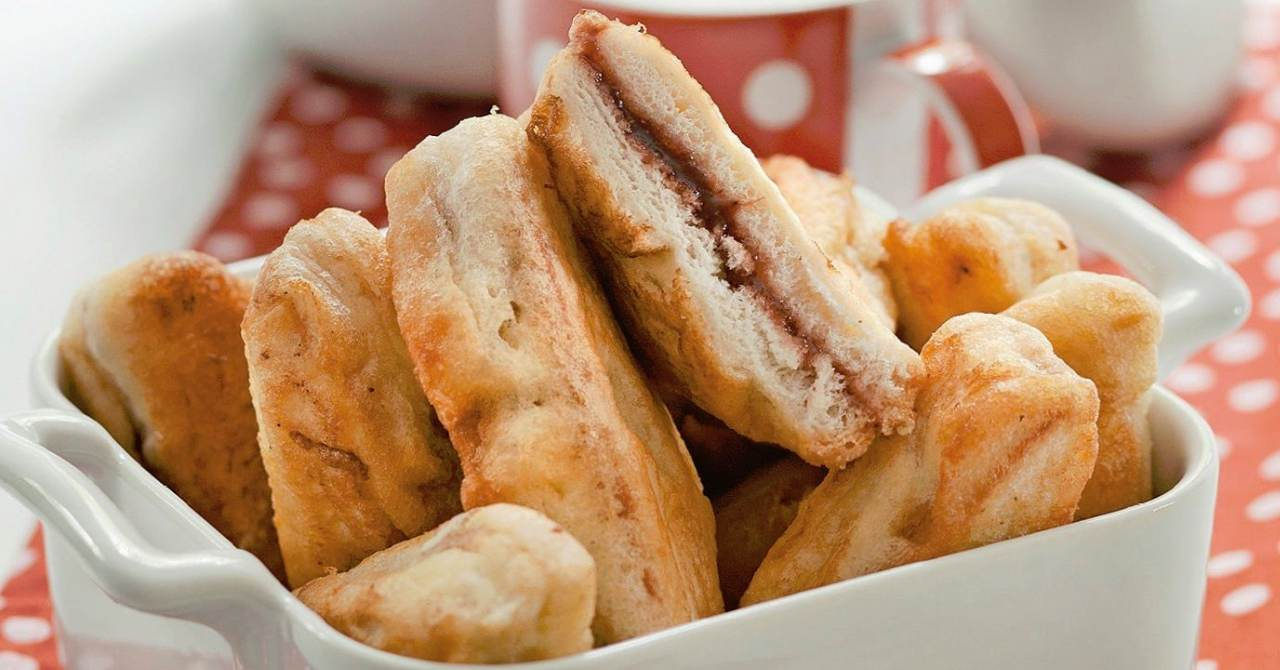 Chrumkavé občerstvenie zo sendviča.