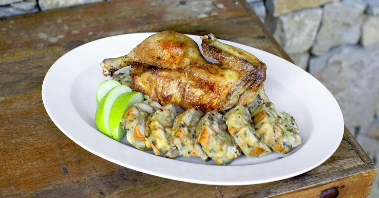 Pečené kurča s plnkou.