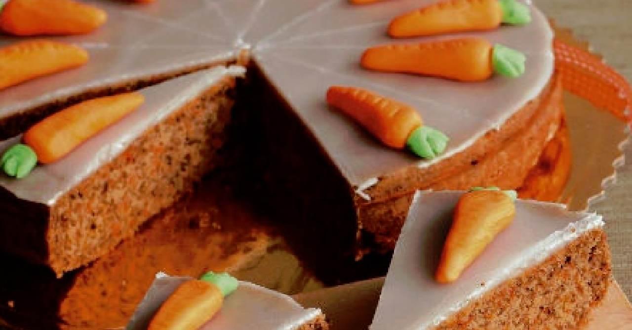 Zdravá, jemnučká mrkvová torta.